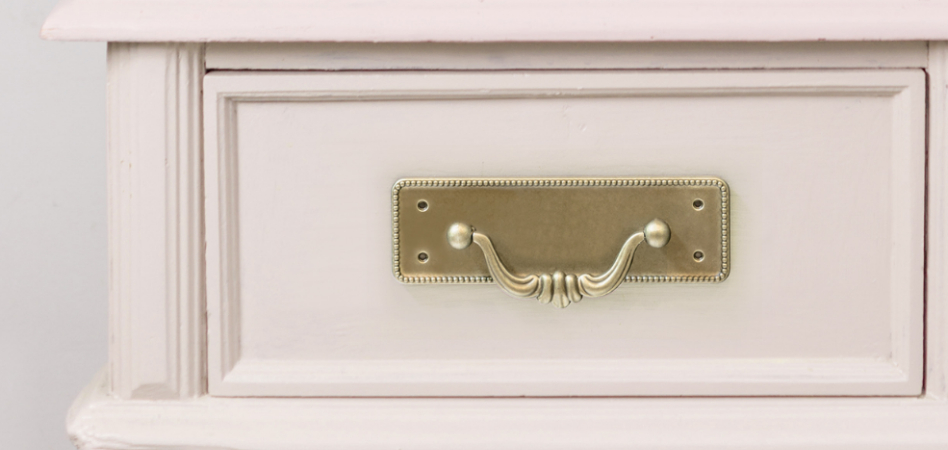Classic furniture fittings are back and your customers know it