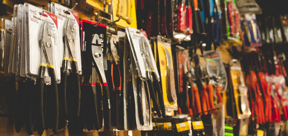 Which factors determine success in sales of DIY products?